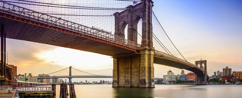 Ponte Suspensa, é a famosa ponte do Brooklyn, em Nova Iorque, construída em 1883