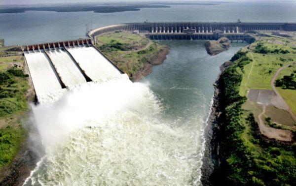 Barragem de Itaipu e Usina Hidrelétrica de Itaipu